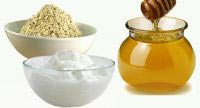 Oatmeal, Honey, and Yogurt Face Mask