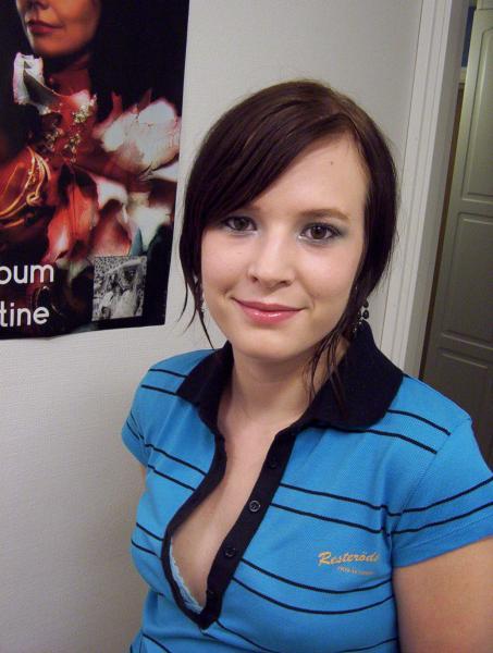 November 2005, with makeup