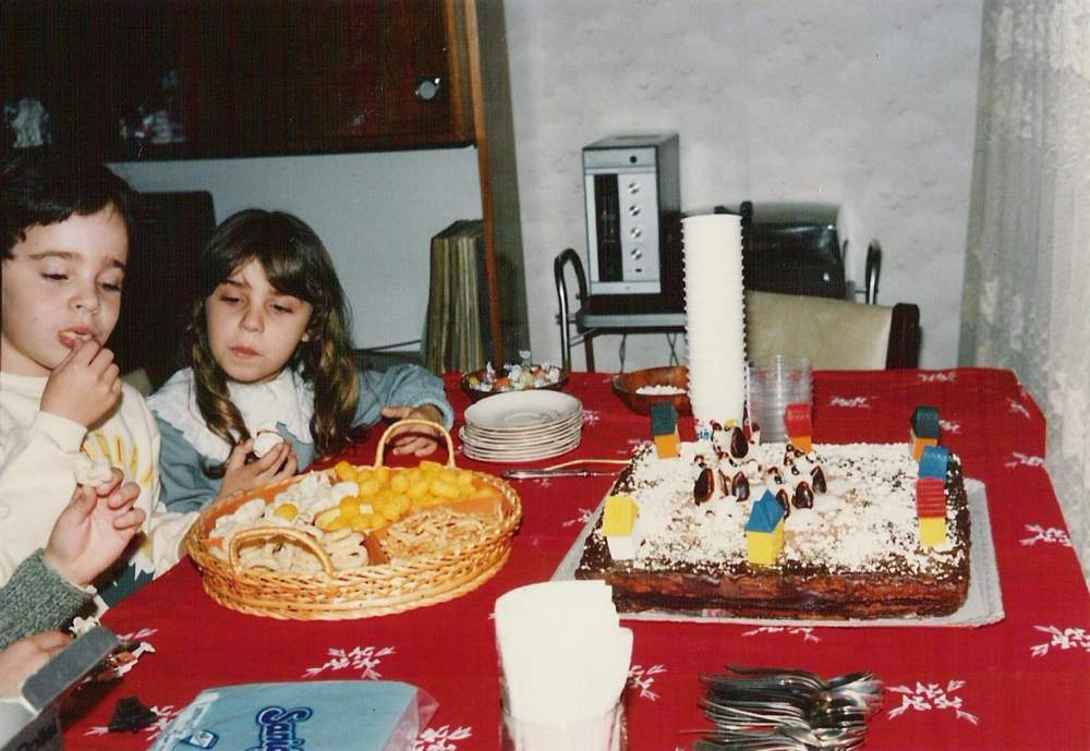 07 - Me, 6 Years Old with My First Girlfriend, Violet