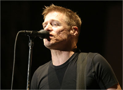 Bryan Adams Live in Bangalore.jpg