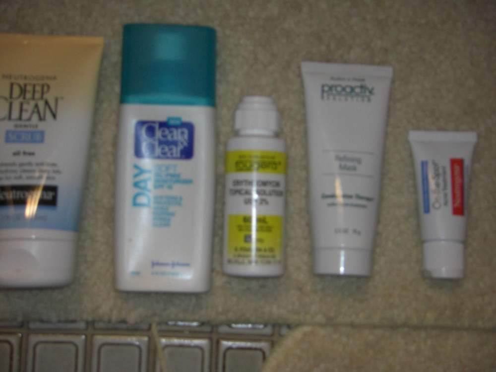 day 1- My tools to [kinda] destroy acne.