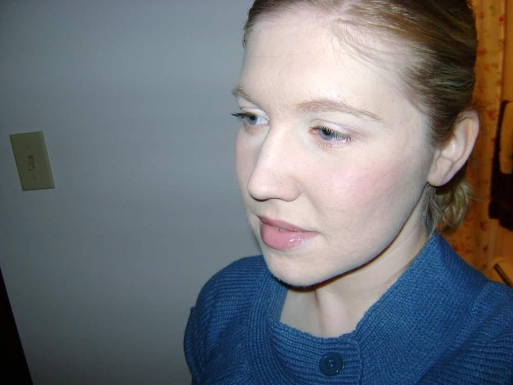 Another makeup pic (Mar '10)...