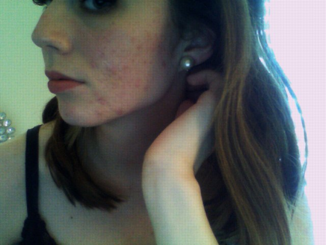 side of my face i hate.