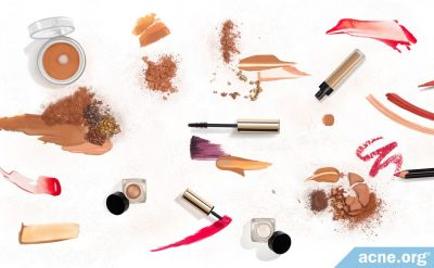 Can Makeup Cause Acne? - Yes, Be Sure to Select and Use Makeup Wisely - Acne.org