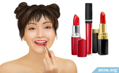 How to Choose a Good Lipstick, Lip Liner, or Lip Gloss